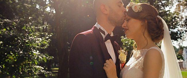 Filmare cuplu in ziua nuntii la Castelul Karolyi din Carei